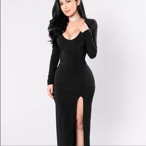 BUNDLE !!!Nude platform heels with elegant dress